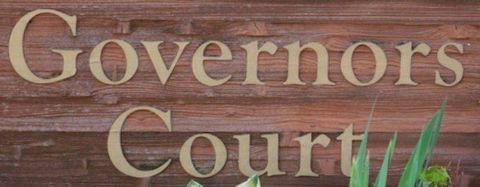 Governors Court 323 GOVERNORS V3L 5S6
