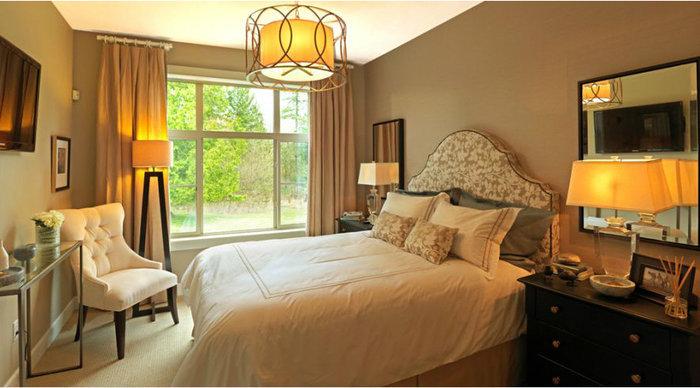 Edgewater - Bedroom!