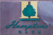 Hamptons Gate 6233 BIRCH V6Y 4H3