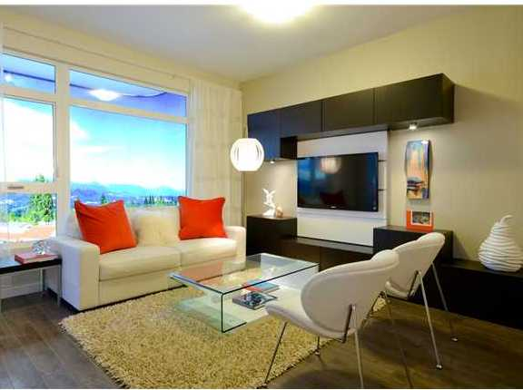 Metro One - Living Room!