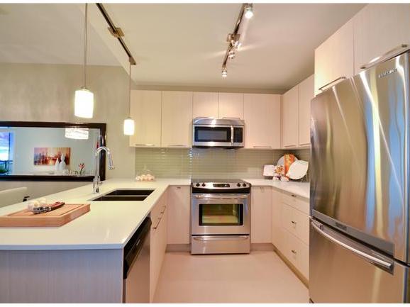 Metro One - Kitchen!