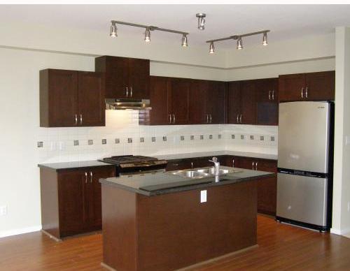 Whitetial Lane - Kitchen!