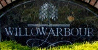 Willow Arbour 8716 WALNUT GROVE V1M 2K2