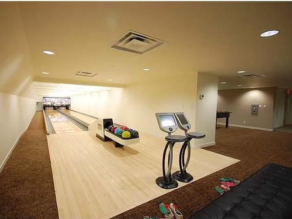 Cosmos - Bowling alley!