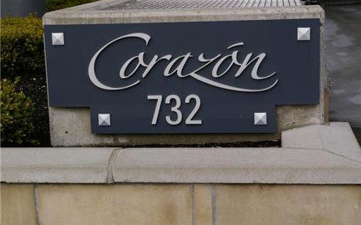Corazon 732 Cormorant V8W 1P8