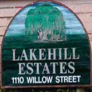 Lakehill Estates 1110 Willow V8X 3K2
