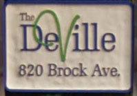 820 Brock Ave 820 Brock V9B 6W9