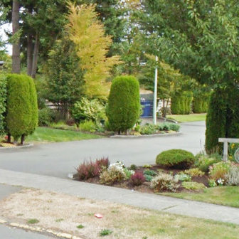 Entrance  Driveway and Landscaping!
