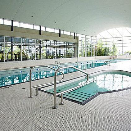 Indoor Pool & Hot Tub!
