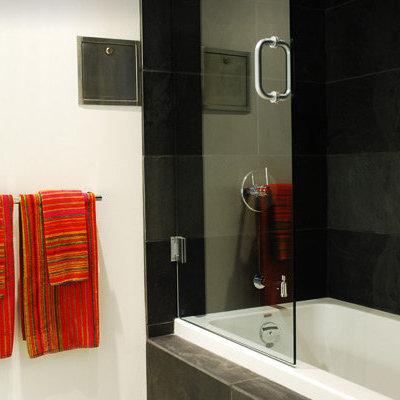 Show - Bathroom!