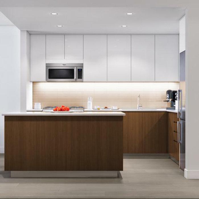 688 East 19th Avenue, Vancouver, BC V5V, Canada Kitchen!