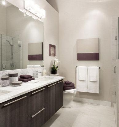 4949 Cambie Street, Vancouver, BC V5Z 2Z6, Canada Bathroom!