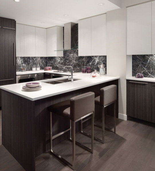 4977 Cambie Street, Vancouver, BC V5Z 2Z6, Canada Kitchen!