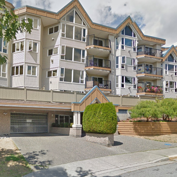11595 Fraser Maple Ridge BC Building Exterior!