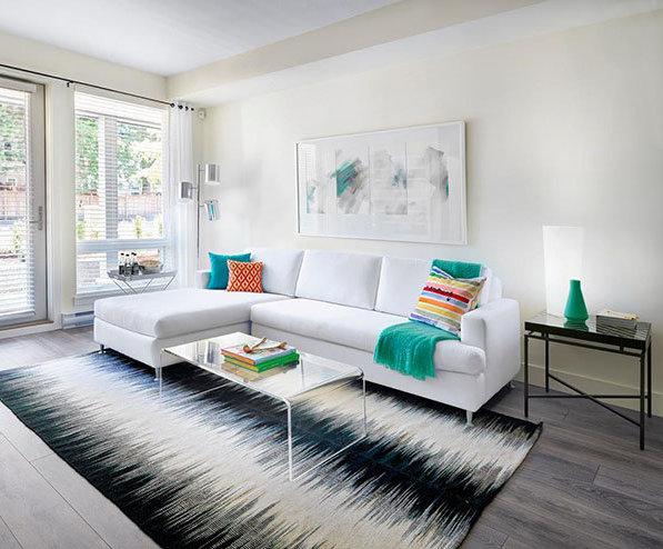 15628 104 Avenue, Surrey, BC V4N 2J3, Canada Living Area!