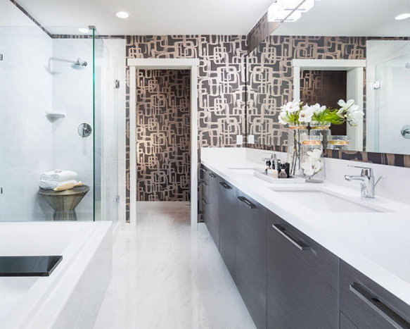 3400 Devonshire Avenue, Coquitlam, BC V3E 0B2, Canada Bathroom!