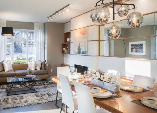3400 Devonshire Avenue, Coquitlam, BC V3E 0B2, Canada Dining Area and Living Area!