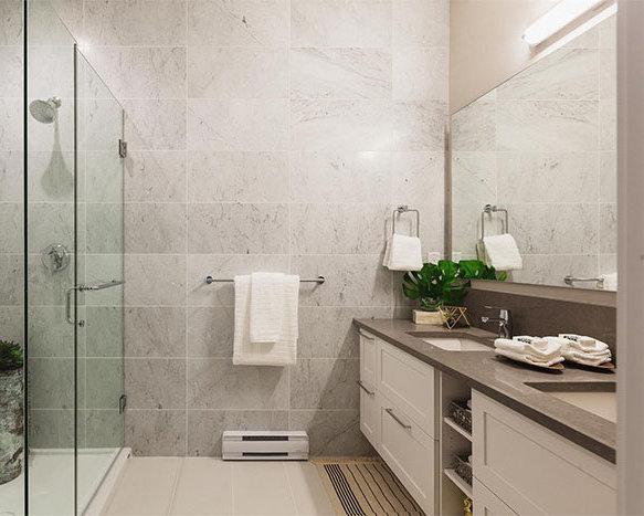 5108 Claude Ave, Burnaby, BC V5E 2M3, Canada Bathroom!
