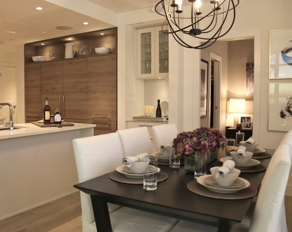 Display Suite Dining Area!