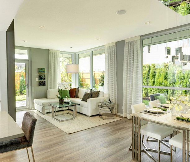 6638 Dunblane Avenue, Burnaby, BC V5H 3M2, Canada Living Area!