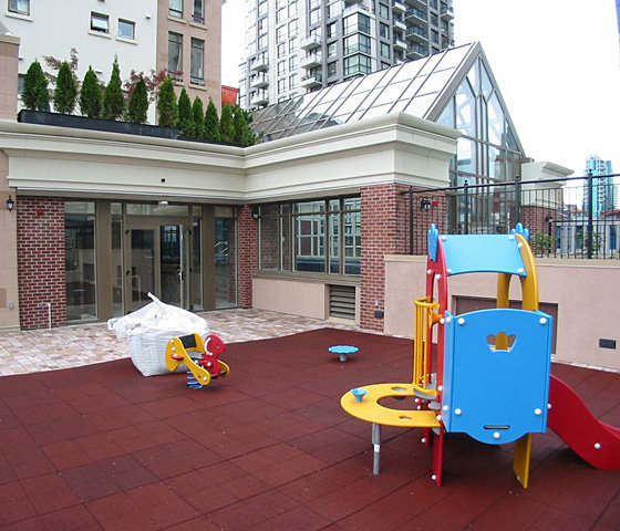Children's Play Area!