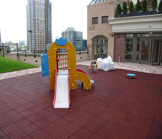 Children's Play Area!