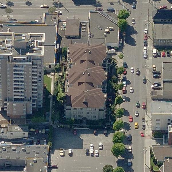 935 Johnson Victoria BC - Building exterior!