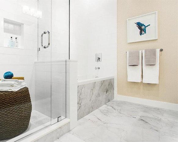 8175 Cambie Street, Vancouver, BC V6P 3J8, Canada Exterior Bathroom!