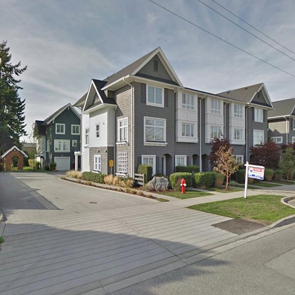 Sunnyside - 2487 156th St, Surrey, BC - Building exterior!