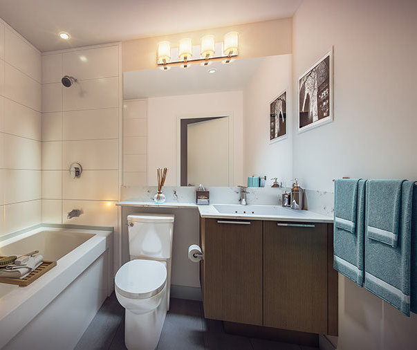 1306 5th Ave, New Westminster, BC V3M, Canada Bathroom!