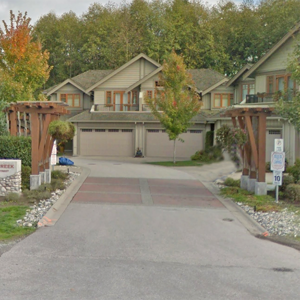 Wills Creek - 3109 161st St, Surrey, BC - Typical part of the complex!