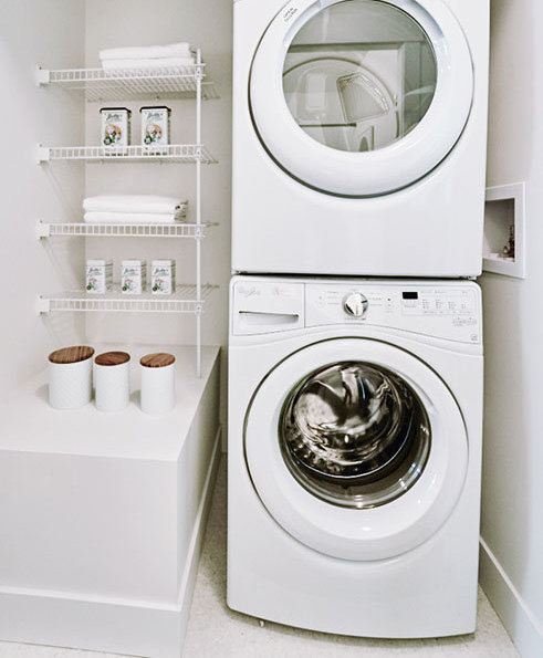 8570 204 St, Langley, BC V2Y 2C2, Canada Laundry Area!