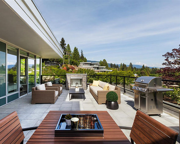 908 Keith Rd, West Vancouver, BC V7T 1M3, Canada Terrace!
