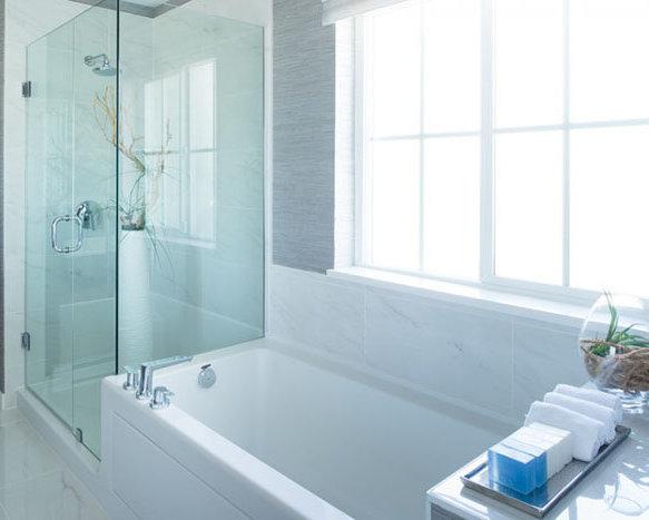 5510 Admiral Way, Delta, BC V4K 5G6, Canada Bathroom!