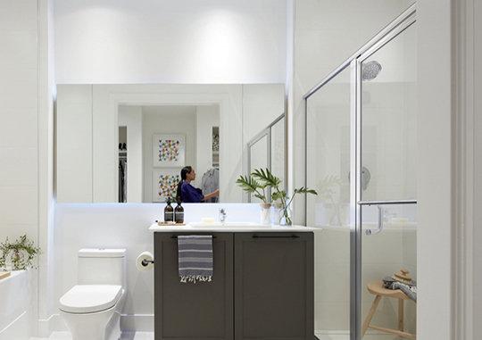 10160 149 St, Surrey, BC V3R 3Z8, Canada Bathroom!