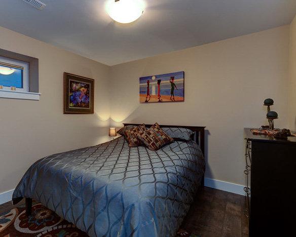 501 Skaha Hills Dr, Penticton, BC V2A 0A9, Canada Bedroom!
