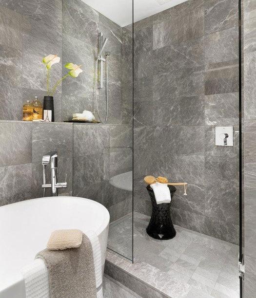 Display Suite Master Shower!