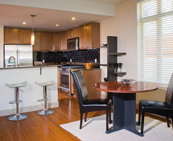 1035 Sutlej St, Victoria, BC V8V 2V9, Canada Dining Area and Kitchen!