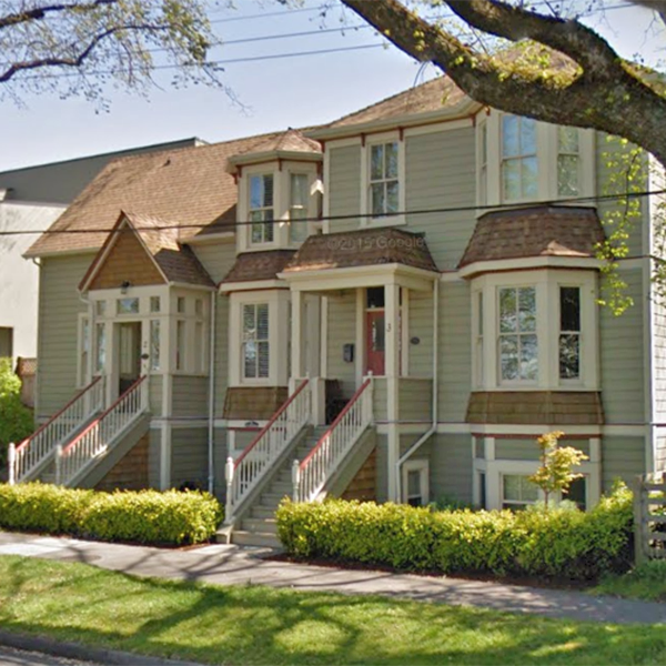 118 St Lawrence St, Victoria, BC!