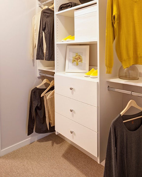 28 E Royal Ave, New Westminster, BC V3L, Canada Walk-in closet!