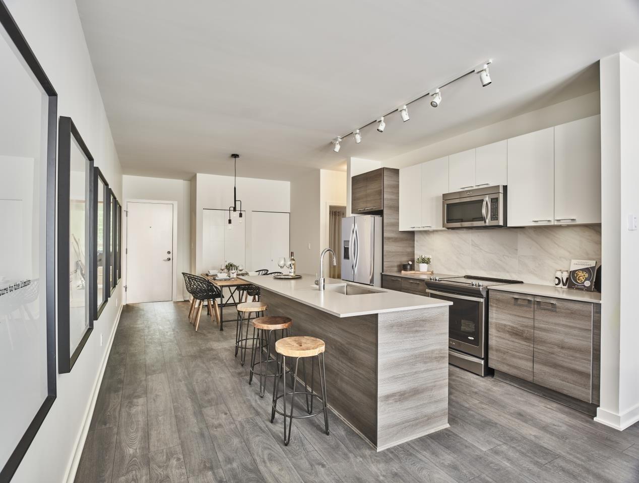 HQ Display Kitchen!