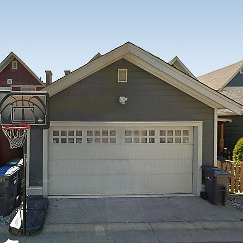 227 Holly Avenue, New Westminster, BC!
