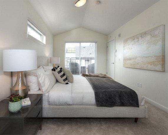503 E 44th Ave, Vancouver, BC V5W 1W4, Canada Bedroom!