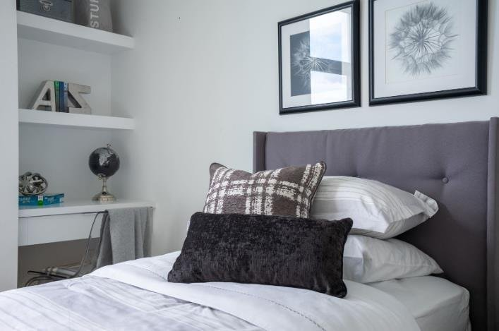 Chalet Townhomes - 11528 84A Avenue, Delta - Display Bedroom!
