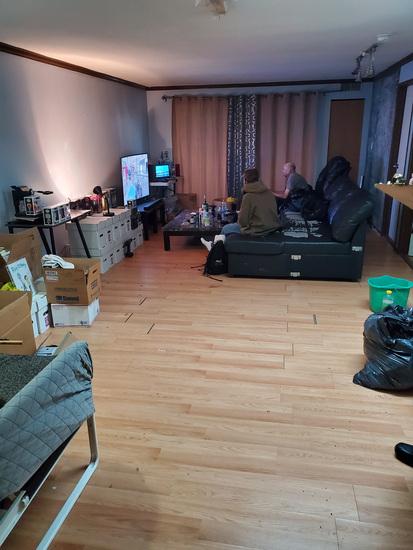 suitelivingroom.jpg!