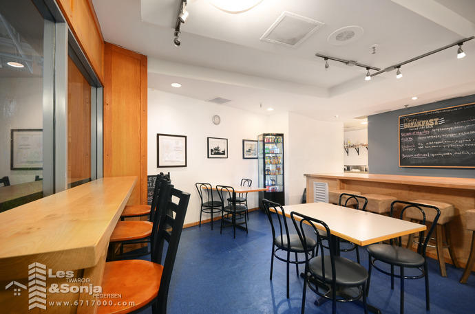 # 122 1050 W Pender St., Vancouver