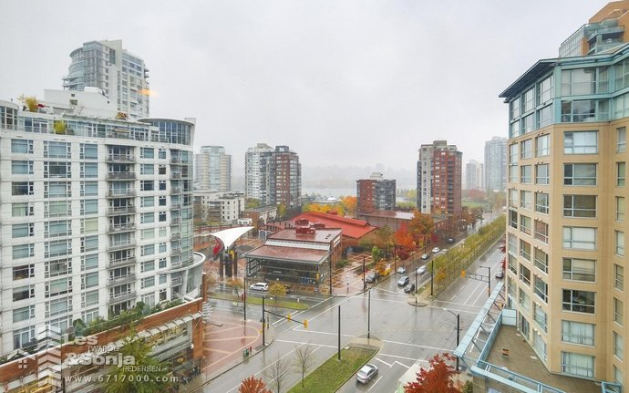 1201 1177 PACIFIC BOULEVARD, Vancouver