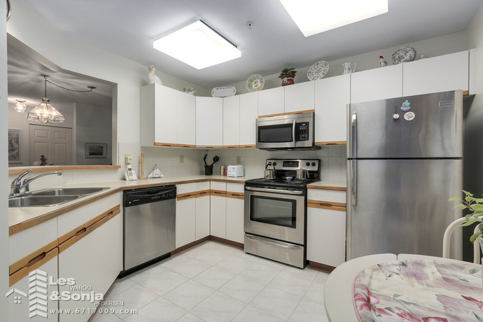 E101 628 W 12TH AVENUE, Vancouver - photo by Pixilink Solutions