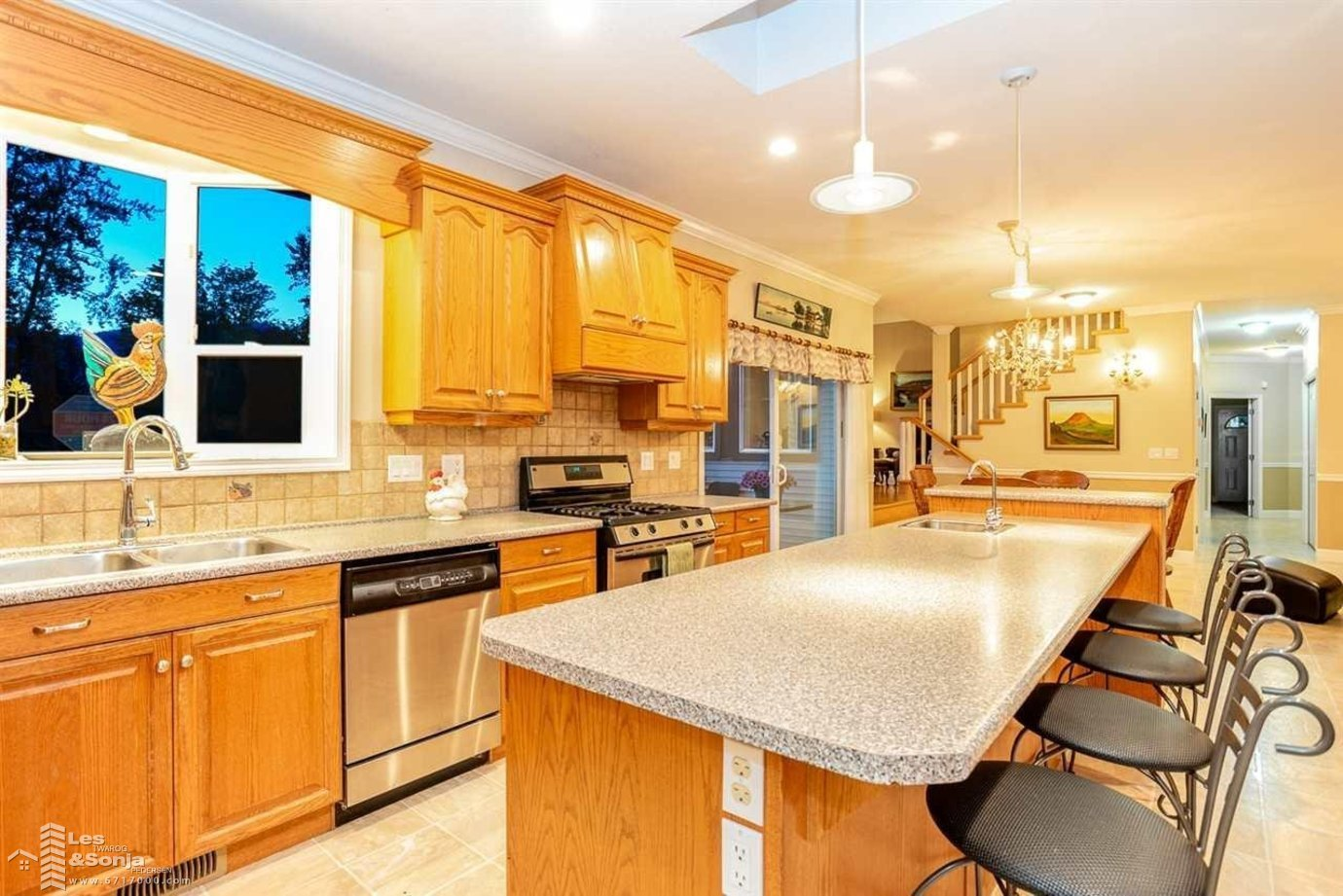 10285 YOUNG ROAD, Chilliwack