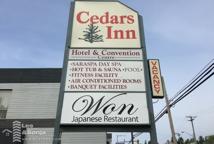 cedars inn  895 gibsons way